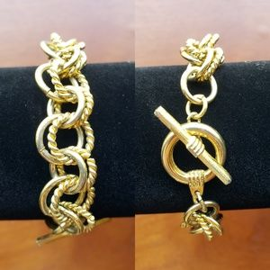 Vtg Goldtone Ring Chain Link Bracelet Toggle Clasp